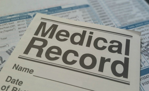 medical-record_20190817-100633_1